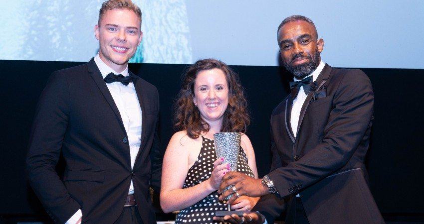 Traveline Cymru wins Arts & Small Business Award for innovative partnership