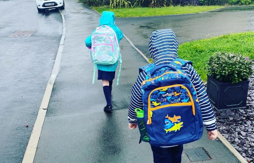 Traveline-Cymru-Team-Get-Involved-In-International-Walk-To-School-Month